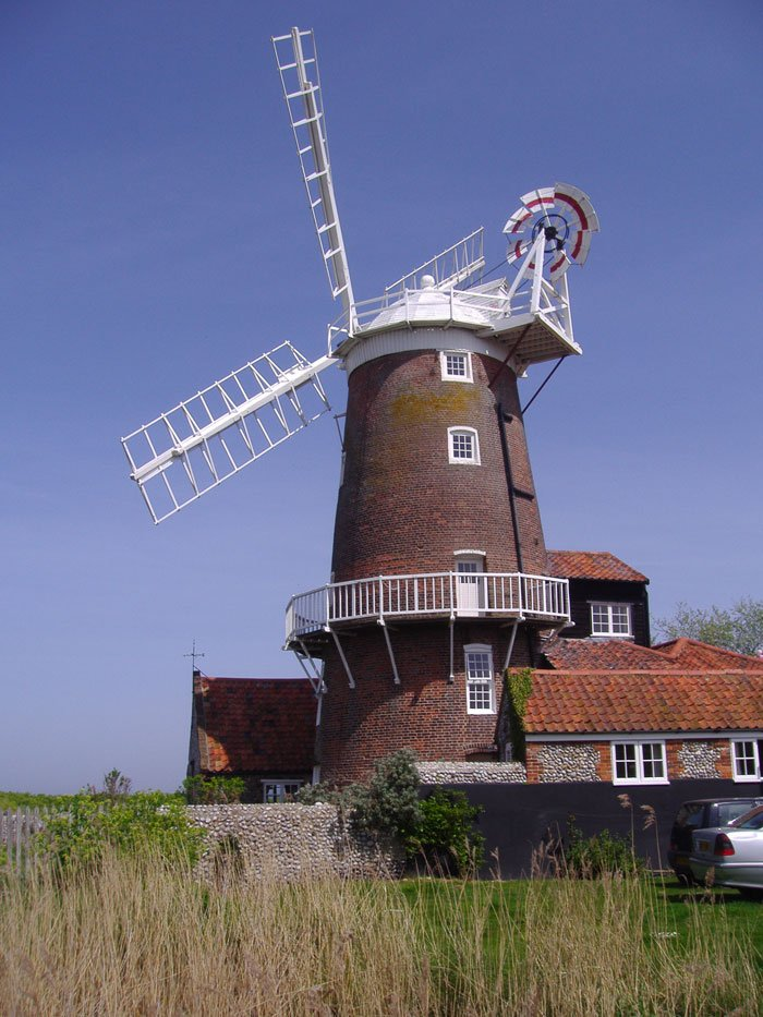 The_Windmill,_Cley_next_the_Sea,_5th_May_2008_(3)