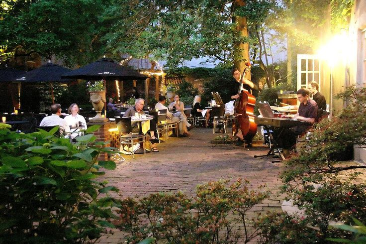 holkham jazz in the courtyard
