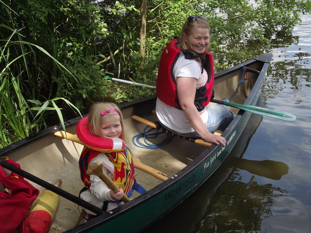 mother and daughter canoe