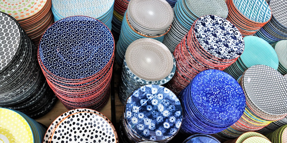 coloured patterned plates