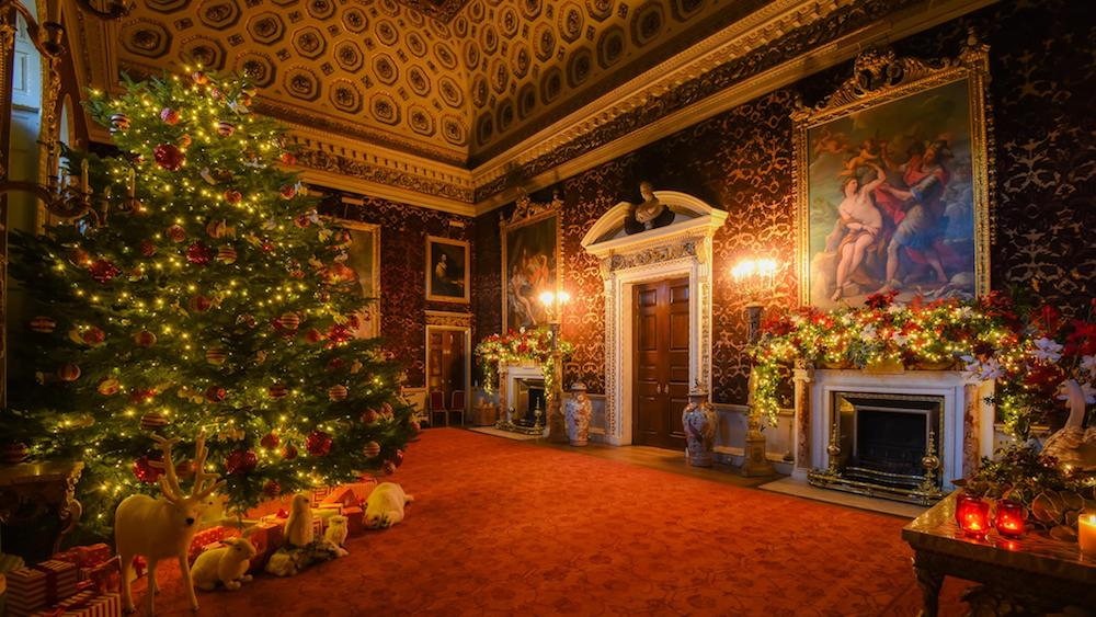 stately room with huge Christmas tree, red carpet pictures