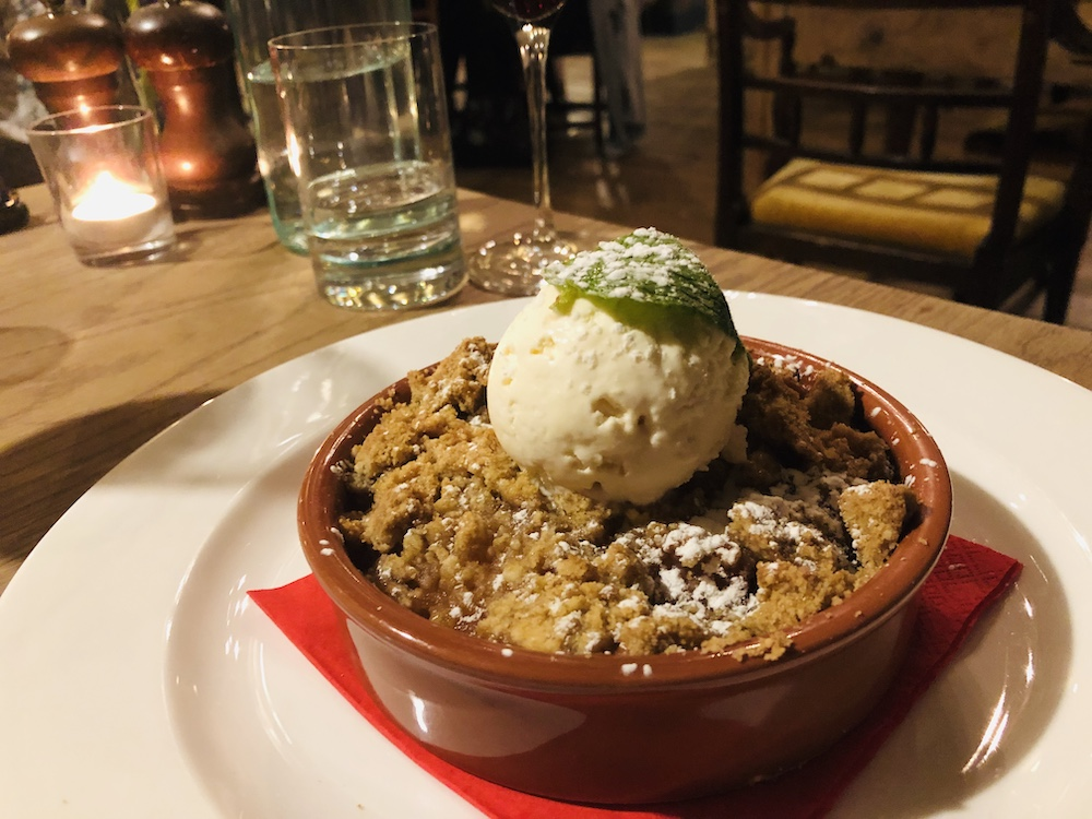 crumble and ice cream
