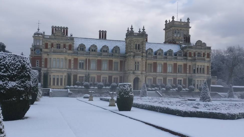 Somerleyton hall in the snow